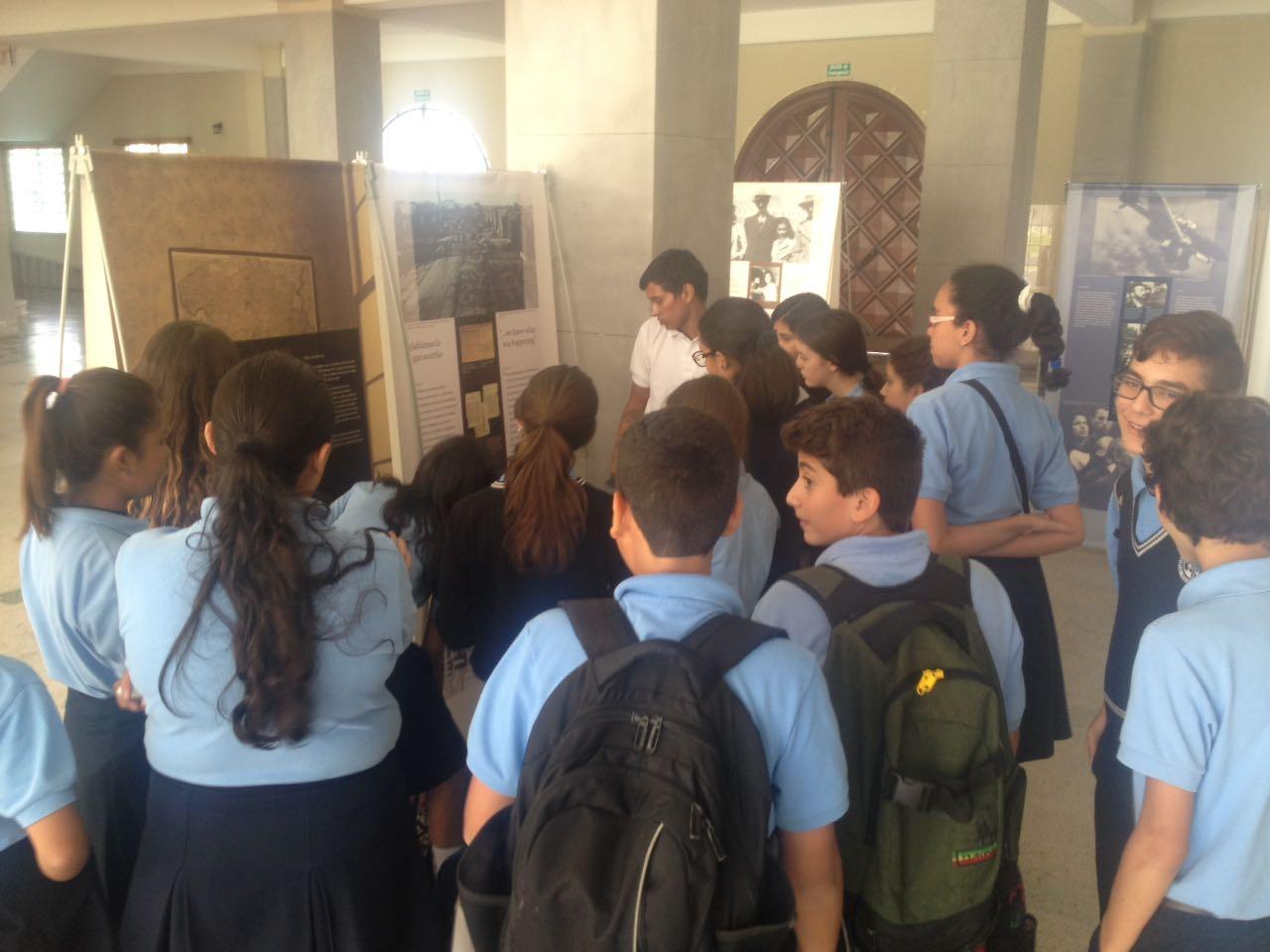 """""""Anna Frank, una historia vigente"""" recorre los colegios de Caracas"""