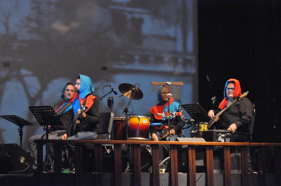 Los talentosos músicos que dieron vida al Reino de Garabato, durante la presentación de #Canto+Juego+Coexisto
