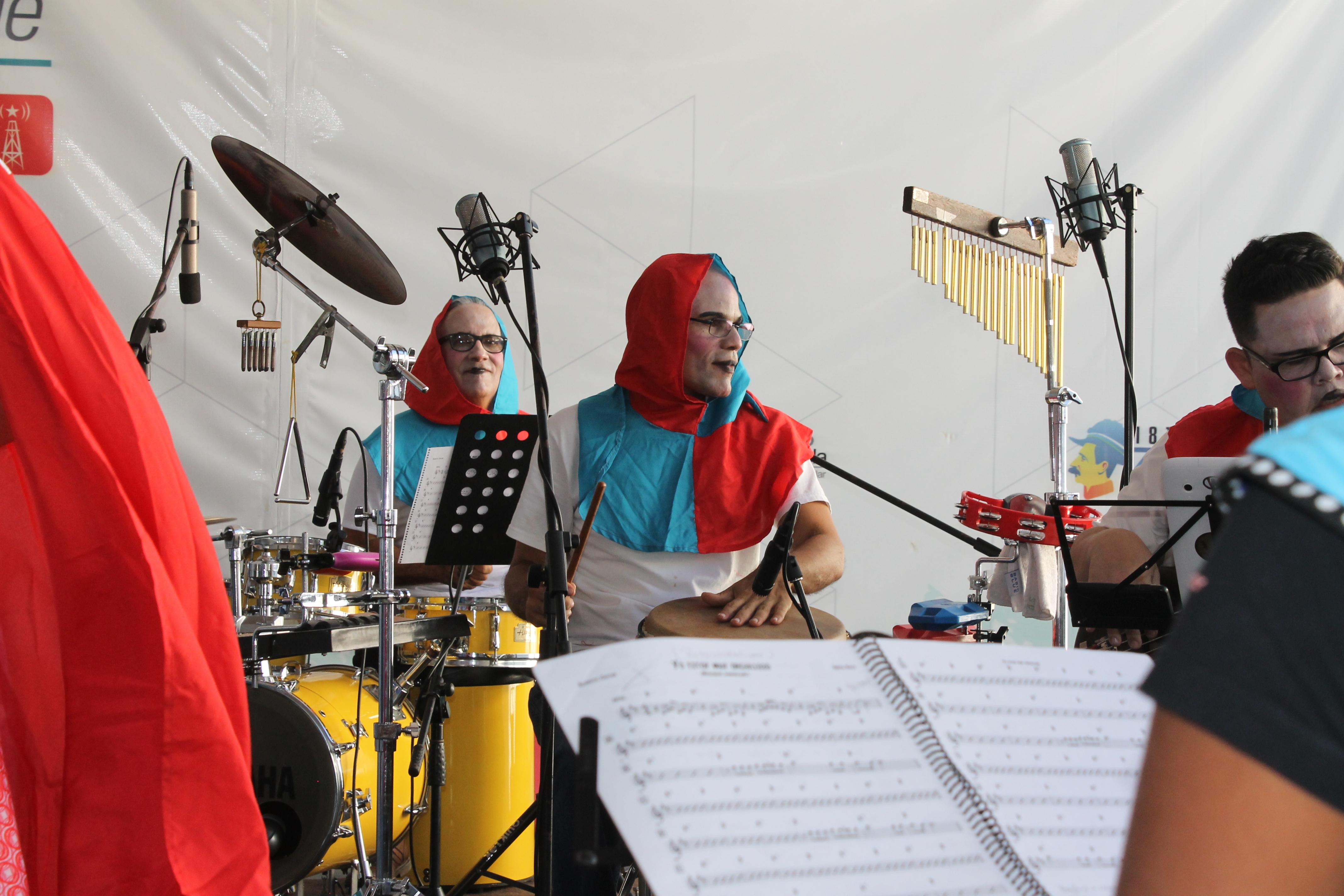 Javier Suárez y Valerio González encargados de la percusión