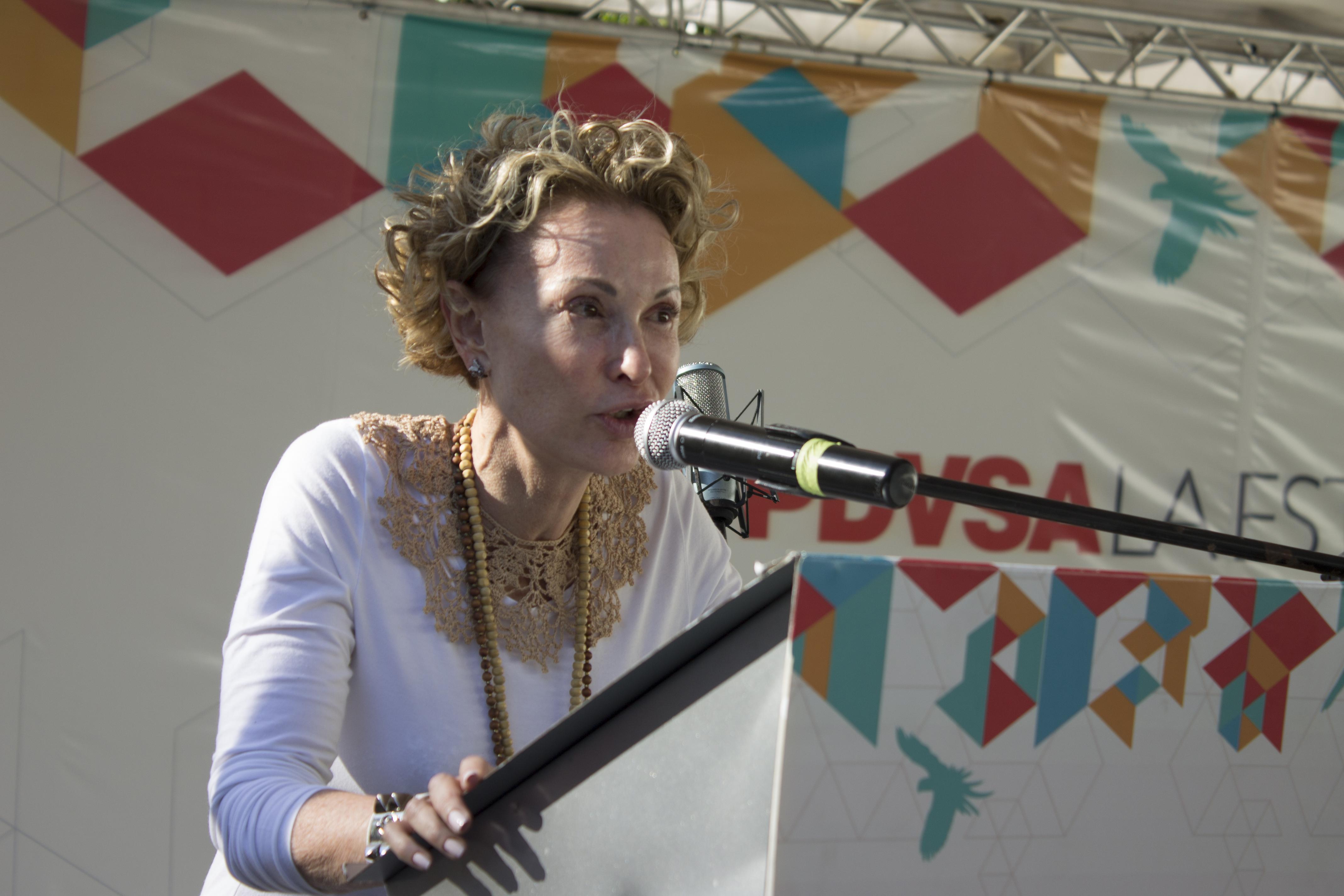 """Simona Zimerman, miembro de la ONG """"Amigos de EAF"""""""