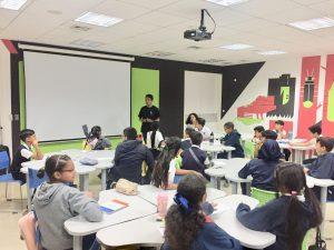 Embajadores de la Coexistencia en conjunto con el Área Educativa desarrollando el programa Ana Frank: una niña como yo con niños de escuelas del Oeste de Caracas en el Centro Cultural de la Universidad Católica Andrés Bello